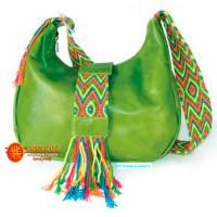 Bolso en cuero grande con fajón wayuu