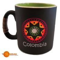 Mugs precolombinos  bajo relieve